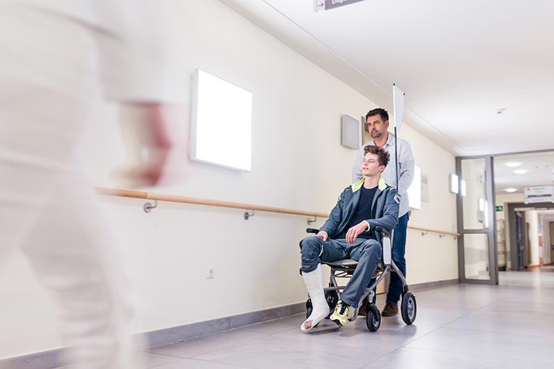 Transportstuhl im Krankenhaus